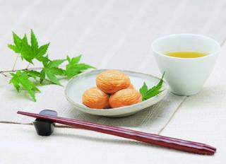 幻の梅_皿盛り・お茶SA (1).jpg